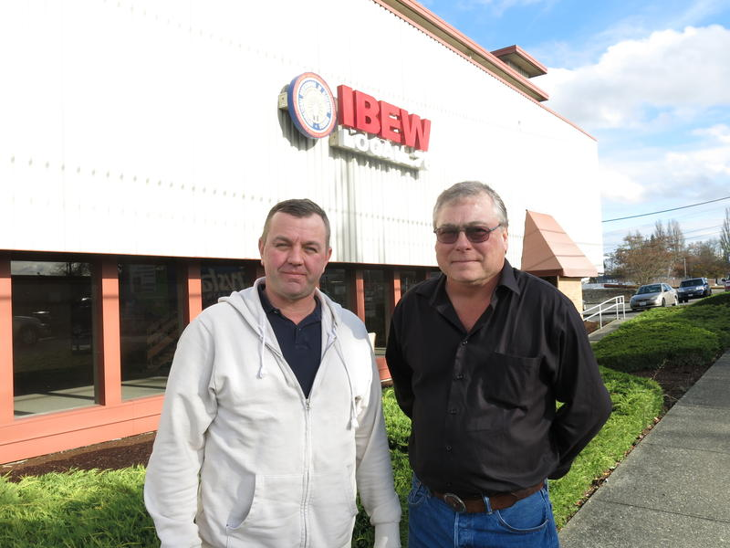 IBEW Local 76 reps Bryant Mullin (left) and Kevin O'Donnell.
