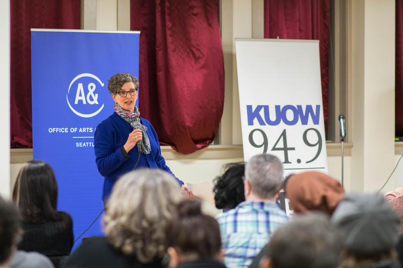 KUOW Arts and Culture reporter Marcie Sillman beginning the evening's conversation