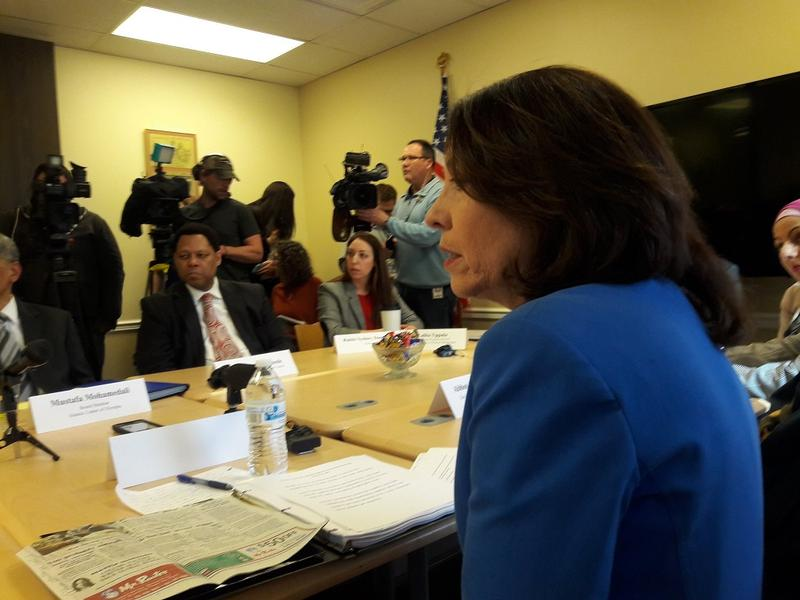 U.S. Sen. Cantwell meets with faith leaders at the Jewish Federation of Seattle on Friday. That morning, anti-Semitic graffiti was discovered on a synagogue on Seattle's Capitol Hill.