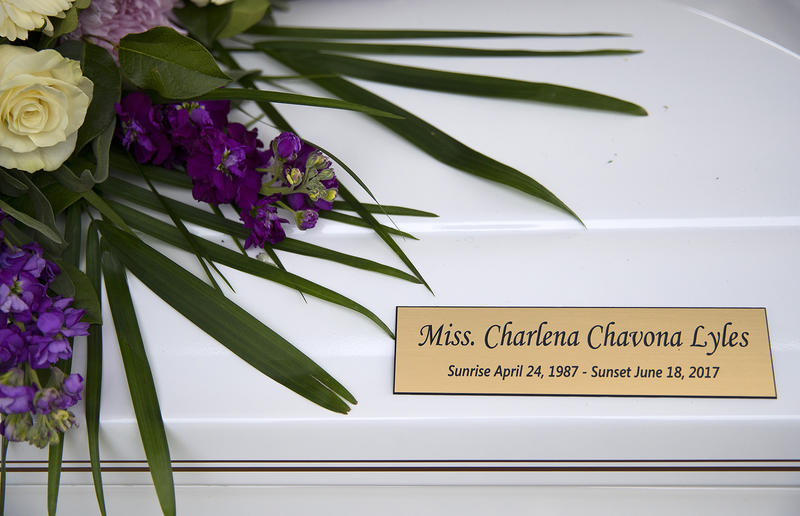 The plaque on Charleena Lyles' coffin.