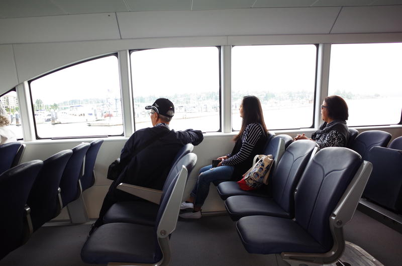 There were about 25 passengers on the final trip of the morning from Seattle. The Rich Passage I holds 118 people.