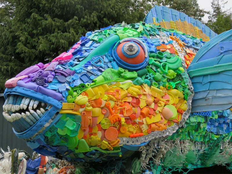 A trash sculpture honoring sea life, designed by Oregon-based artist Angela Haseltine Pozzi.