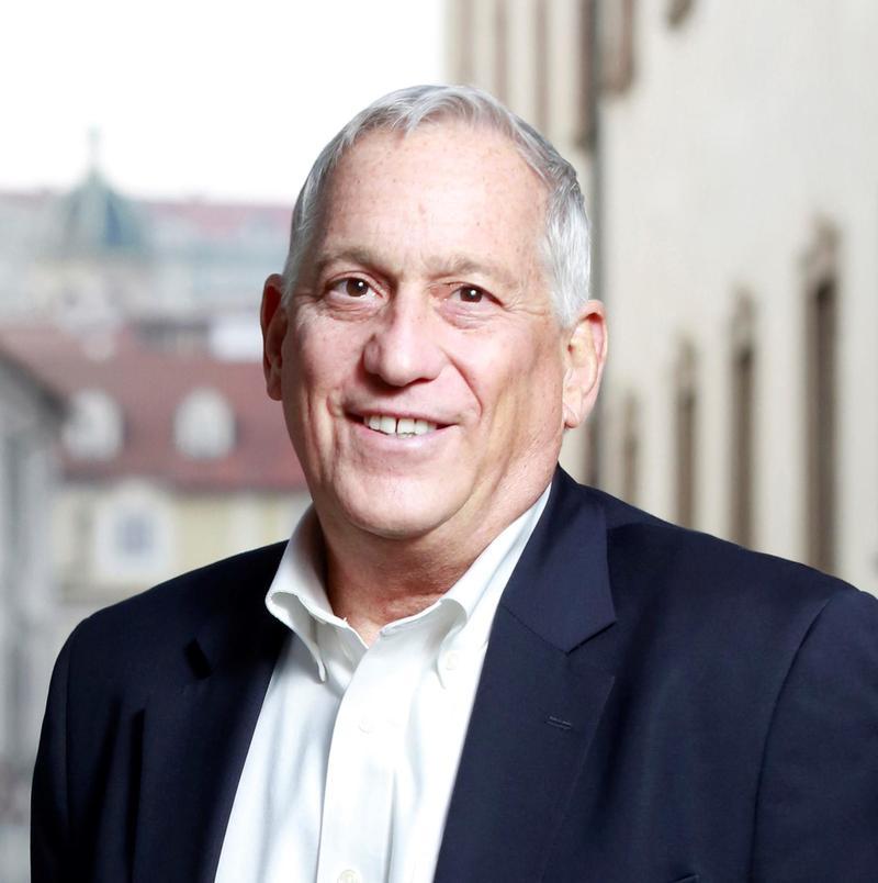 Author Walter Isaacson
