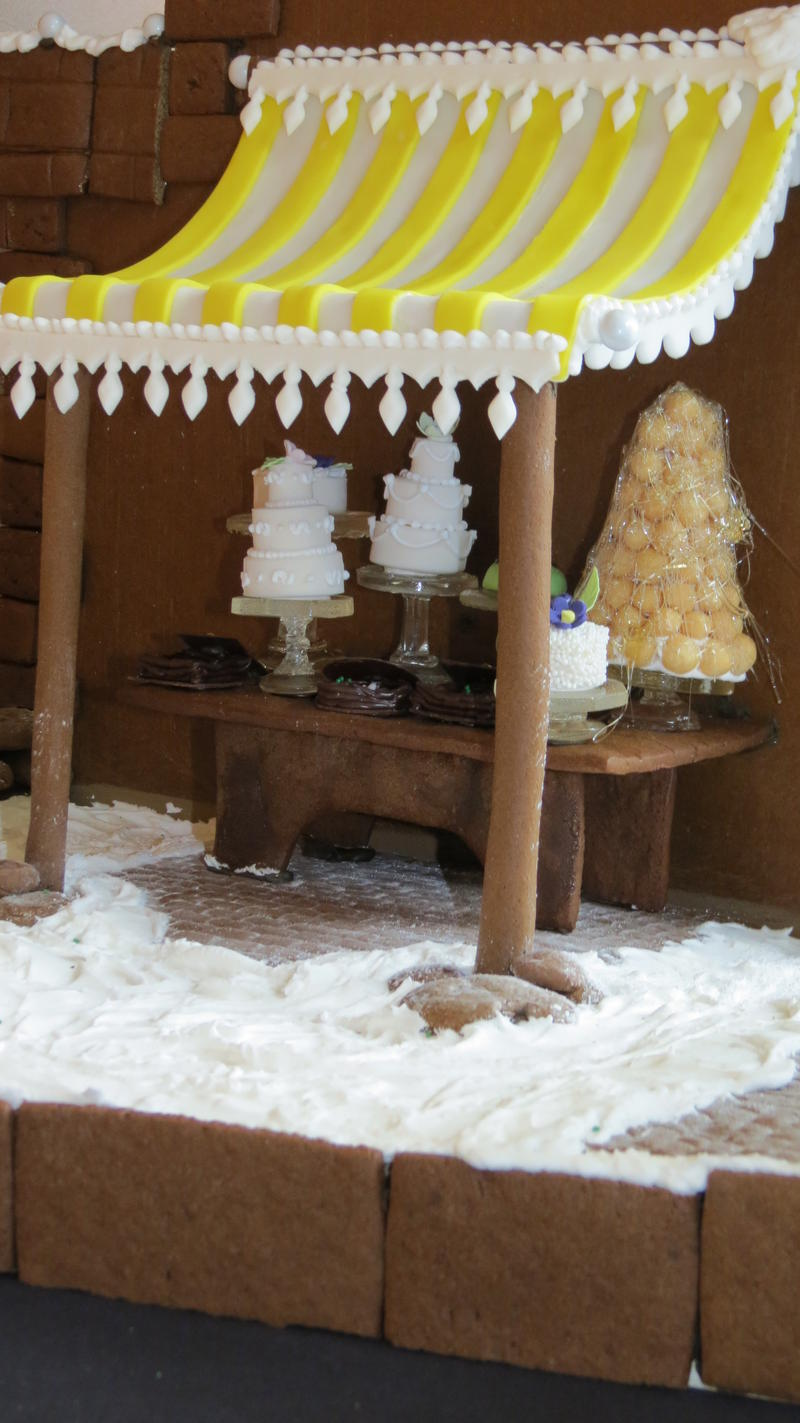 Another view of the gingerbread house commissioned by the Ritz Carlton Kapalua.