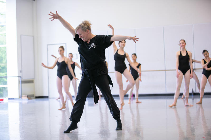Eva Stone leads a professional division class at Pacific Northwest Ballet School.