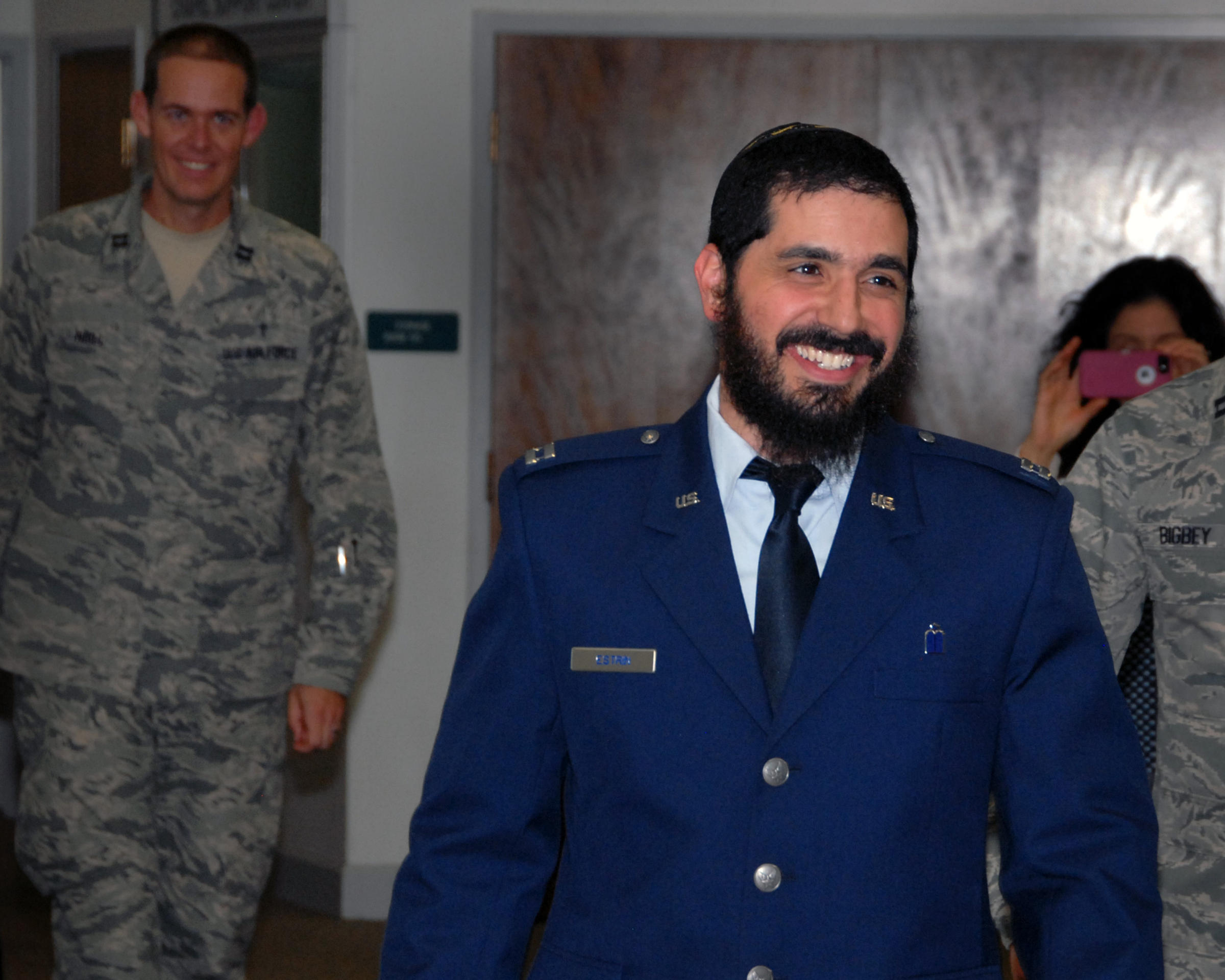 seattle rabbi becomes first bearded air force chaplain news rabbi elie estrin said he had no idea how complicated a uniform would be as he works to transition from civilian to military life