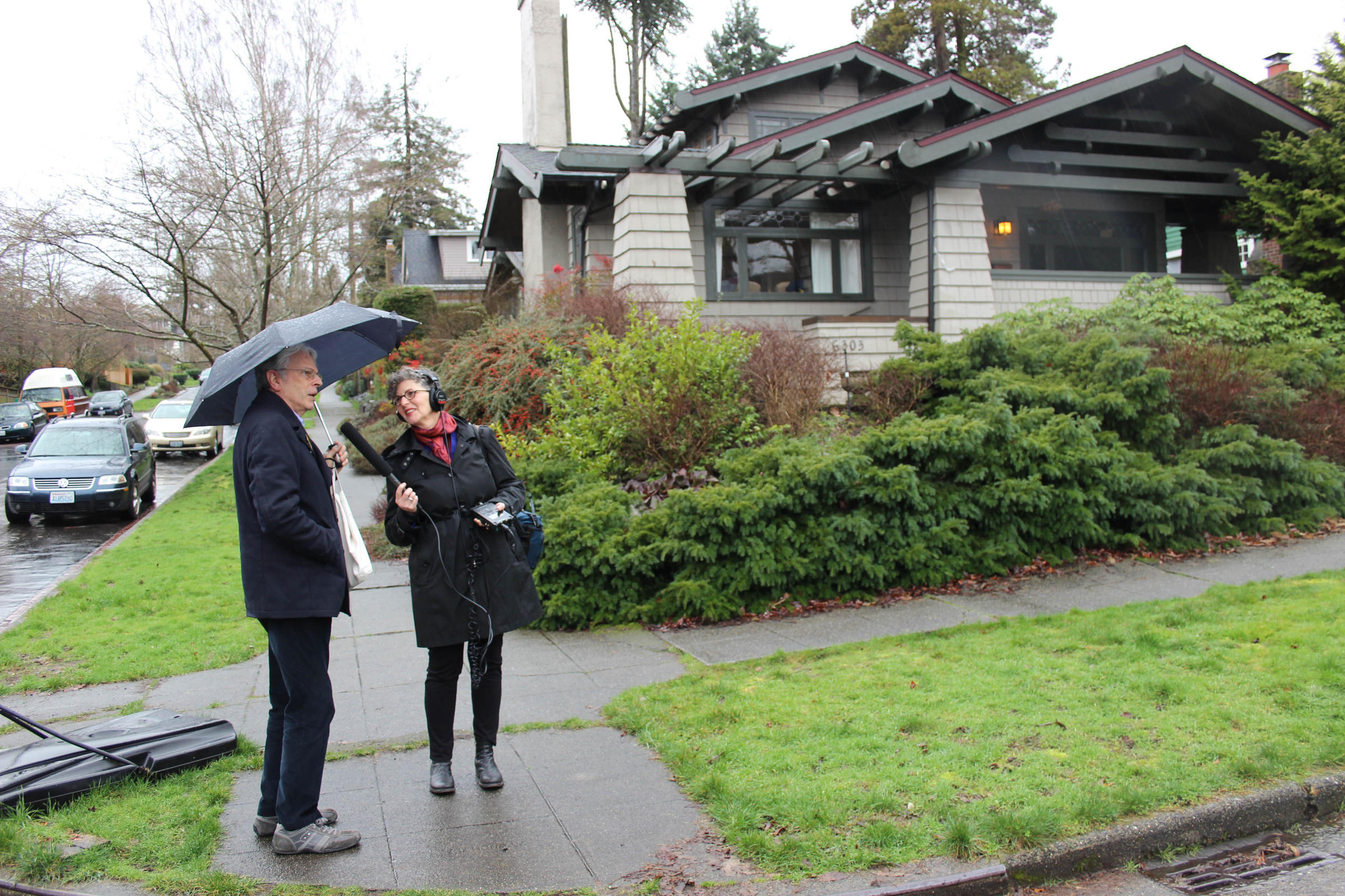 the story behind seattle s obsession with craftsman homes kuow the story behind seattle s obsession with craftsman homes