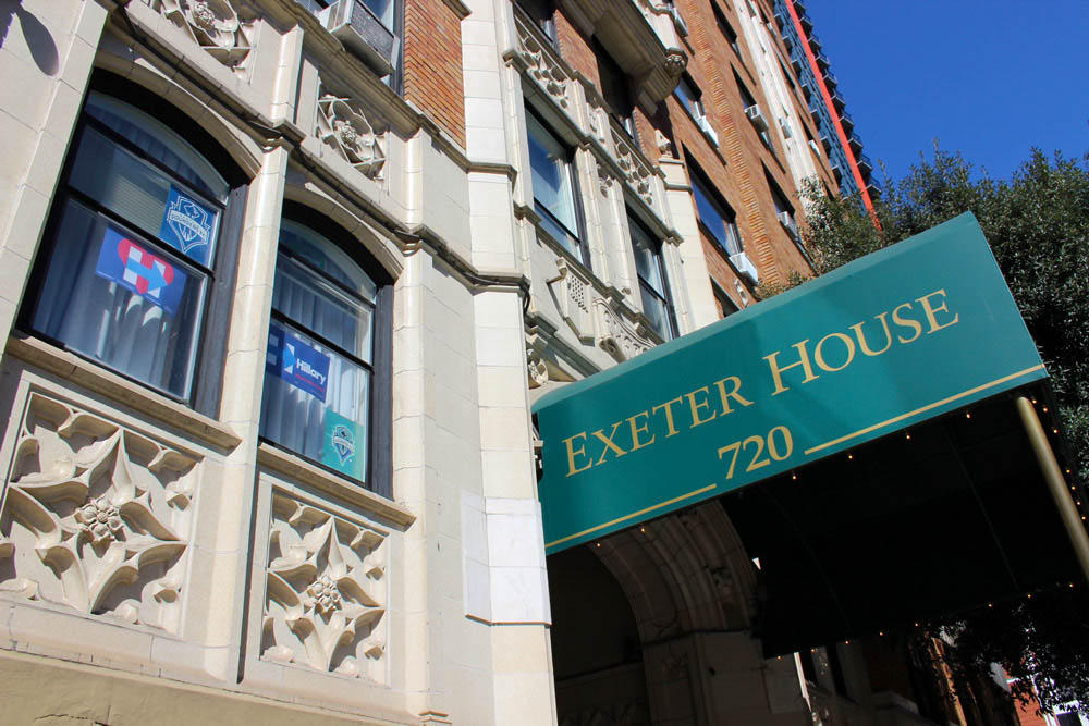 A Slow Goodbye At Seattle S Elegant Exeter House Kuow