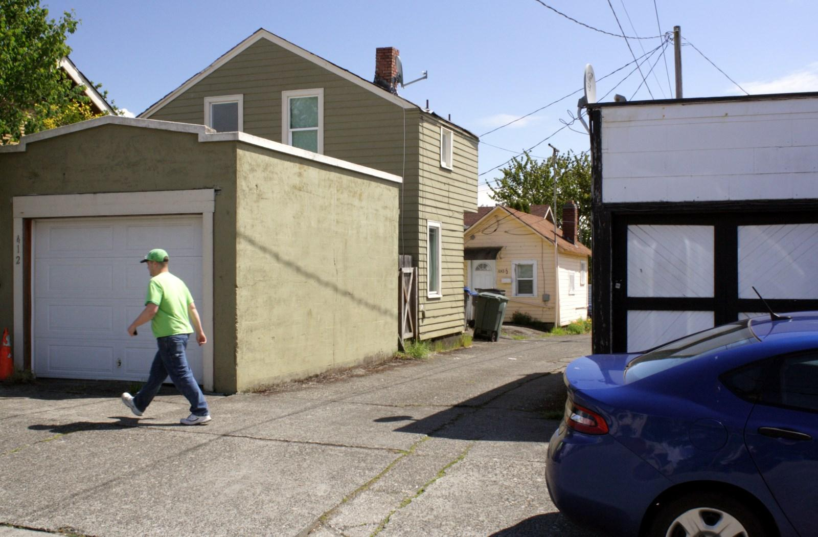 War Boxes Visible In A Bremerton Alley.