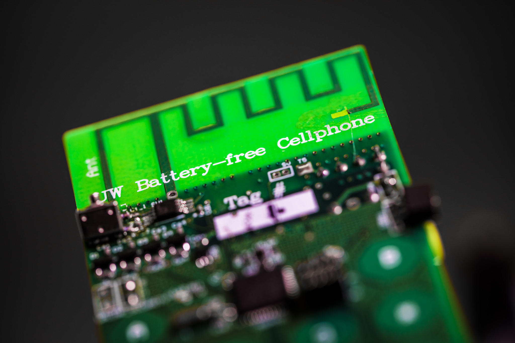 UW scientists create the first battery-free mobile phone