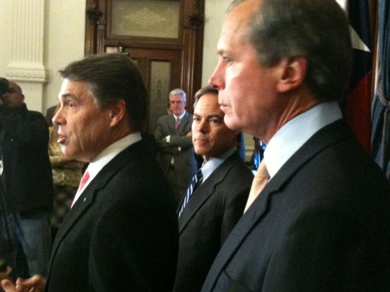 "Gov. Perry, Speaker Straus and Lt. Gov. Dewhurst stay on ""No New Taxes"" message"