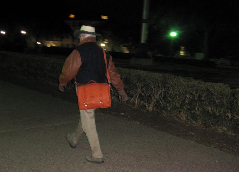 Folks on the UT campus this morning are bundled up for the cold weather.