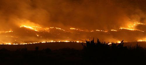 The Cathedral fire (Brewster County) viewed at night in April 2008.