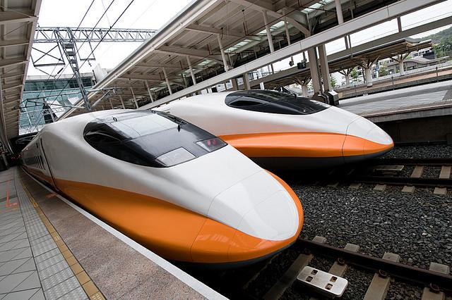 The U.S. Transportation Department has granted $15 million to study a high-speed rail line between Houston and Dallas-Fort Worth.