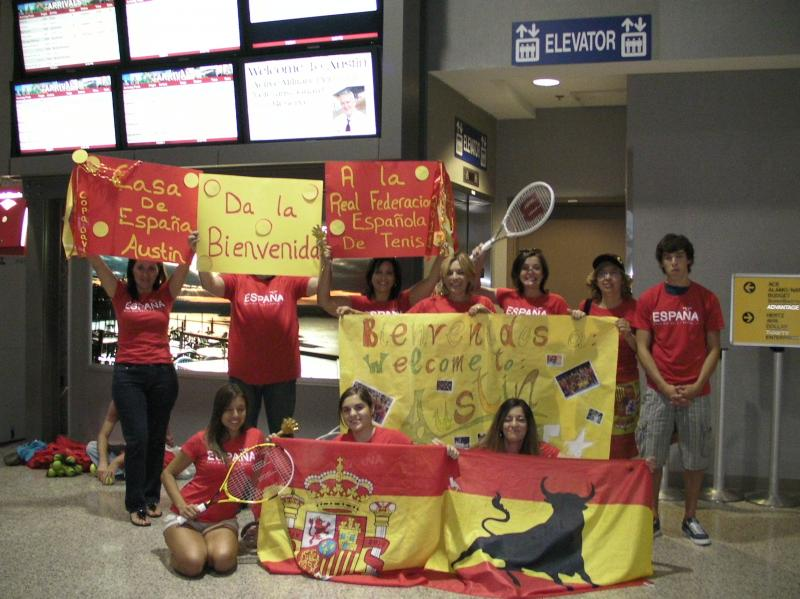Fans greet Spain's tennis team as it arrives in Austin on Monday.