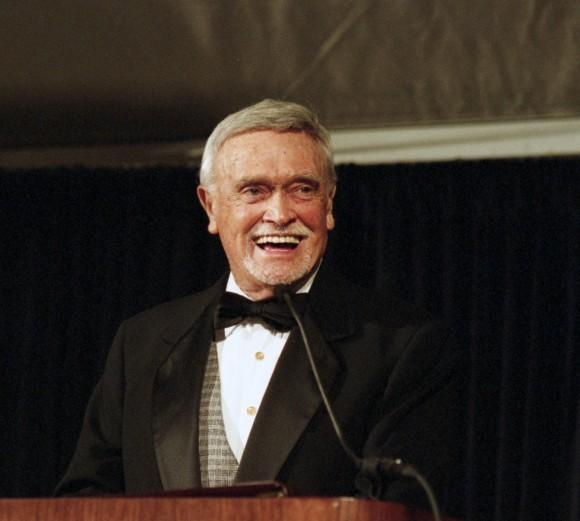 Cactus Pryor speaks at the LBJ Library and Museum in 1993. The longtime Austin broadcaster died Tuesday at the age of 88.