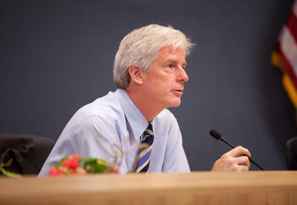 Bill Spelman wants more info on rogue rentals.