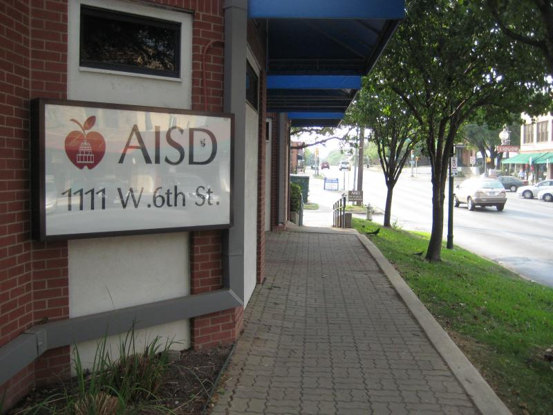 At their headquarters on West Sixth tonight, AISD will consider the role the STAASR test should play in determining students' grades.