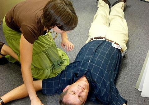Would you know what to do if someone collapsed in your office?