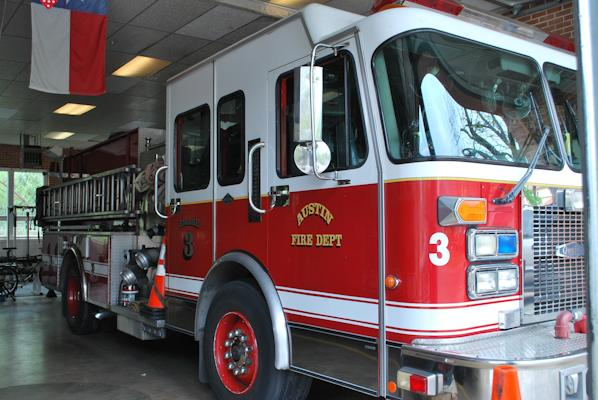 Austin fire crews responded to three dangerous house fires yesterday.