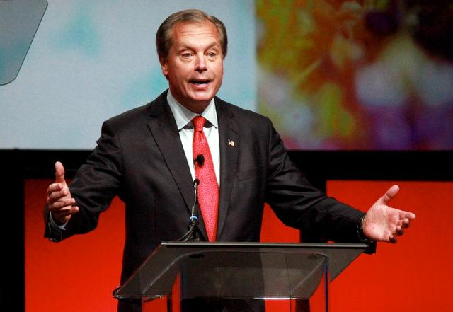 David Dewhurst speaking at this year's state Republican convention.