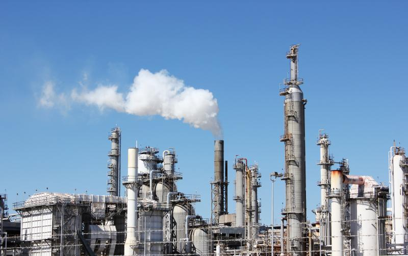 The Valero refinery in Three Rivers, Texas. The state and the EPA are implementing an agreement on air permits today.