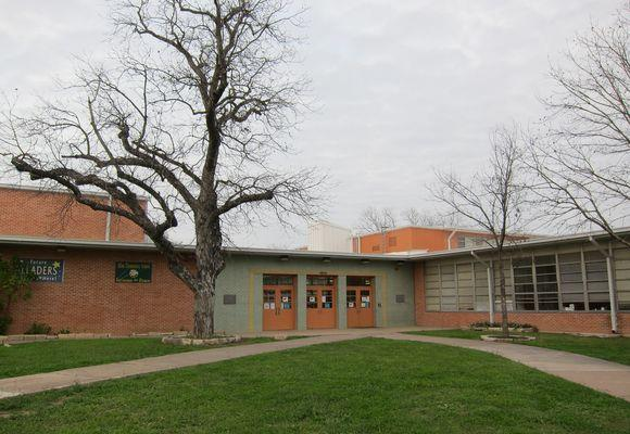 Allan Elementary school