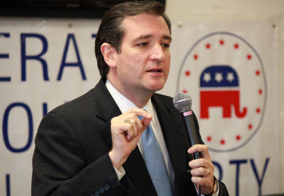 Sen. Ted Cruz (R-TX) has made it through the shutdown without hurting his support in Texas.