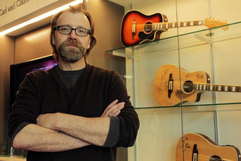 "George Saunders is a MacArthur ""genius grant"" recipient and contributor for The New Yorker."