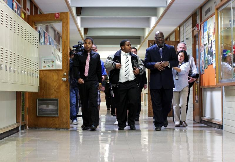 Texas Education Commission Michael Williams visits Eastside Memorial High School. He'll decide what happens to the school.