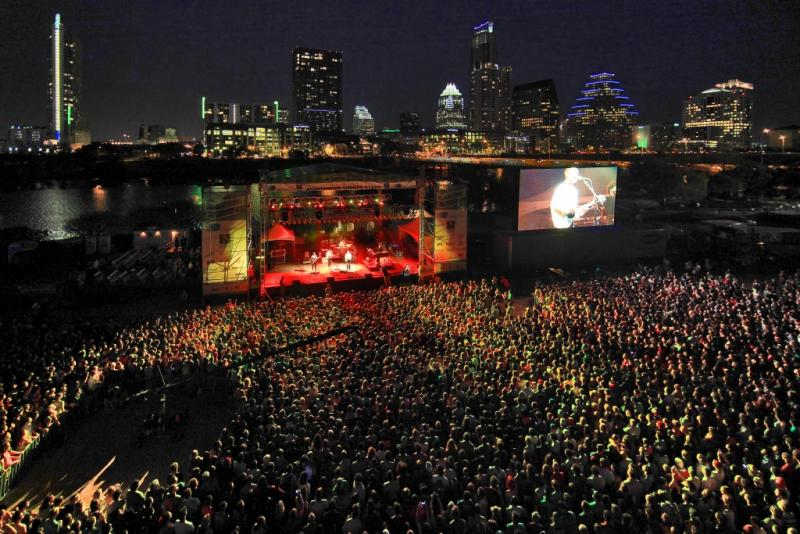 The SXSW crowd at Auditorium Shores in 2012.