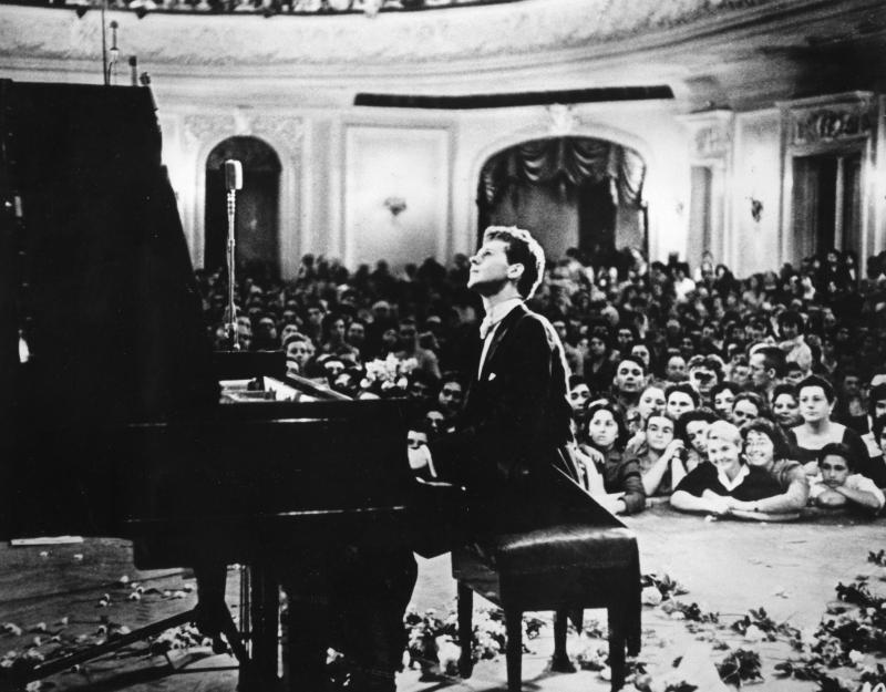 Van Cliburn playing the Moscow Conservatory in 1958's Tchaikovsky Competition