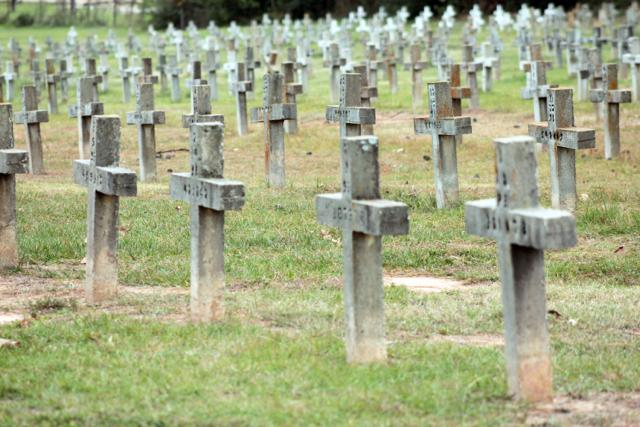 Older markers at the Huntsville Cemetery are crosses. This is where indigent death row inmates and other indigent inmates are buried.