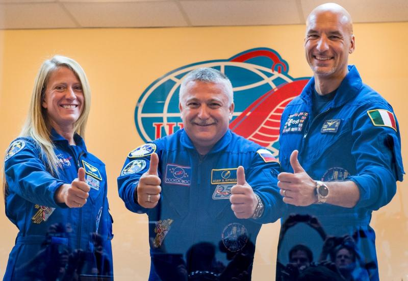 From left to right: Karen Nyberg of NASA, Soyuz Commander Fyodor Yurchikhin of the Russian Federal Space Agency and Luca Parmitano of the European Space Agency, in Kazakhstan prior to launch.