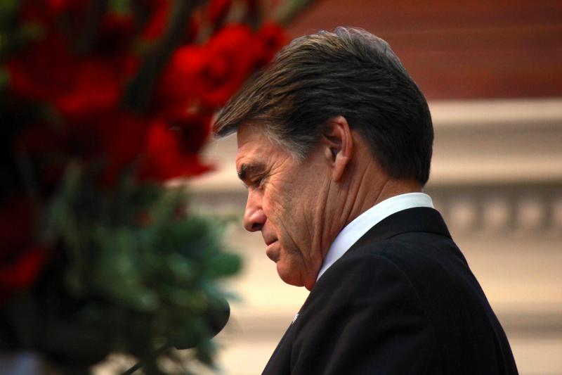 Gov. Rick Perry addresses a joint session of the Texas Legislature to honor fallen members of the military on May 25, 2013.