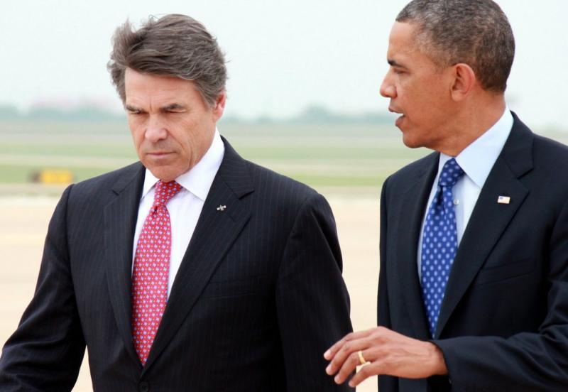 Gov. Rick Perry was among the officials greeting Pres. Obama at the airport this afternoon.