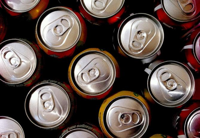 A bill that would ban the sale of sugary drinks in elementary, middle schools is heading to Gov. Perry's desk