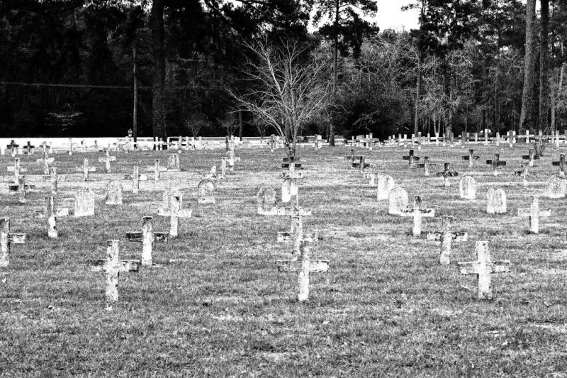 On the day I was at the Huntsville cemetery, there were a couple of new graves already dug up. Funerals are pretty low-key since the cemetery is reserved for indigent inmates from the general population and death row.