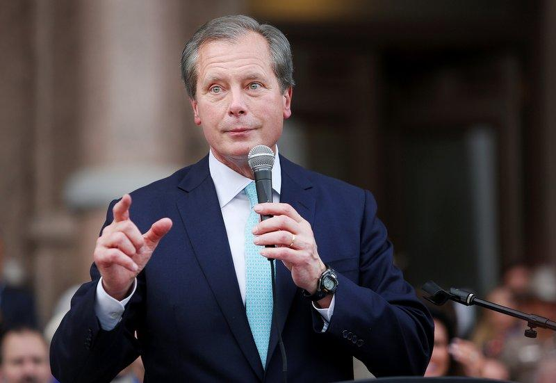 Lt. Gov. David Dewhurst is one of a handful of Texas politicians using their recognition from abortion debates this legislative session to further upcoming campaigns.