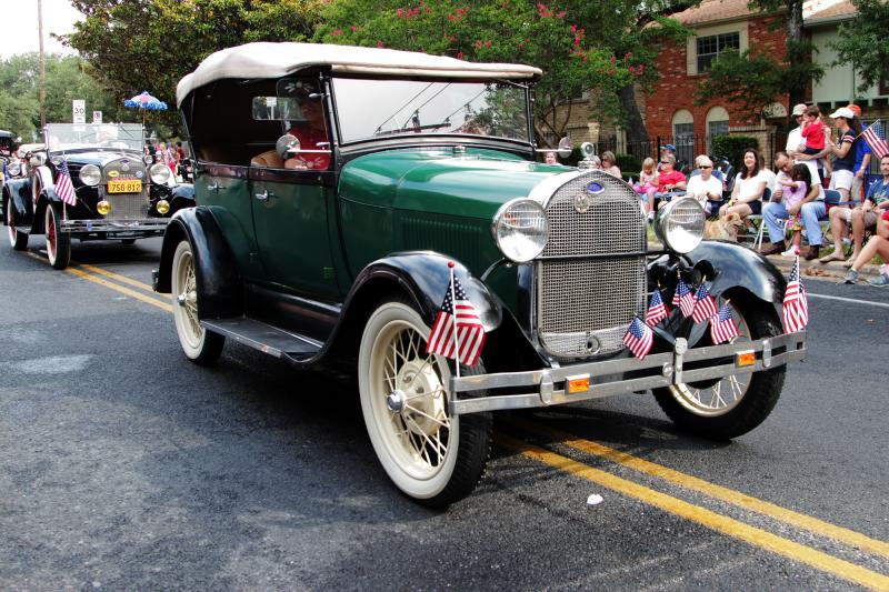 This vintage Ford joined a procession of other vintage cars in the parade.