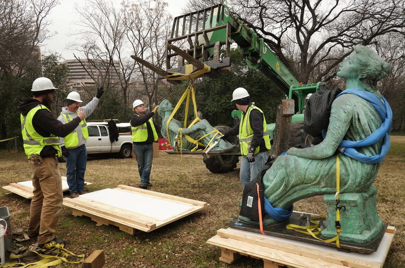 A crew from Vault Fine Art Services dismantle and move Charles Umlauf's Three Muses (1963) from Centennial Park to the Umlauf Sculpture Garden and Museum.