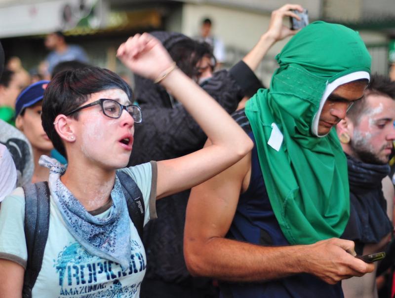 Protestors in Venezuela use smartphone app Zello to communicate