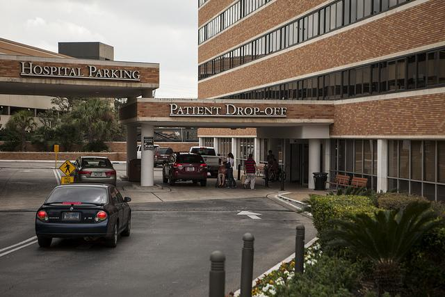 A lawsuit challenging a requirement that Texas abortion doctors receive admitting privileges at nearby hospitals is moving forward, but only as it applies to certain doctors in El Paso and McAllen.