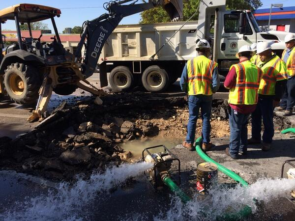 Austin Water crews work on the main break at 2222 near MoPac.