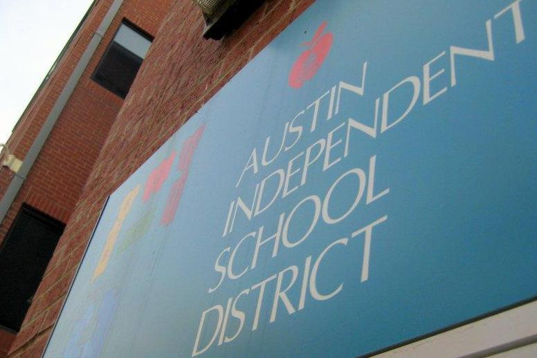 AISD graduation rates rose under Superintendent Meria Carstarphen, but didn't match a statewide increase.