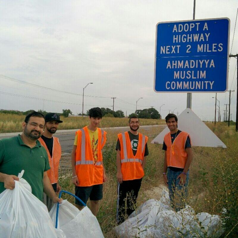 Volunteers with the Ahmadiyya Muslim Community cleaning their stretch of FM 1460 in March