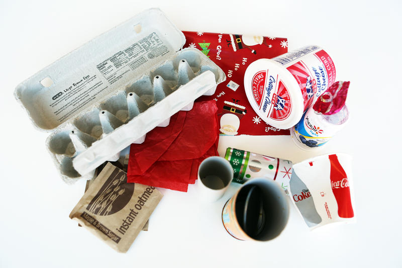 Can you pick out which of these items can go into the recycle bin and which need to be trashed?
