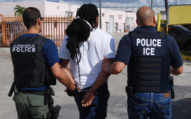 Homeland Security Considers Ending Private Immigration Detention ...