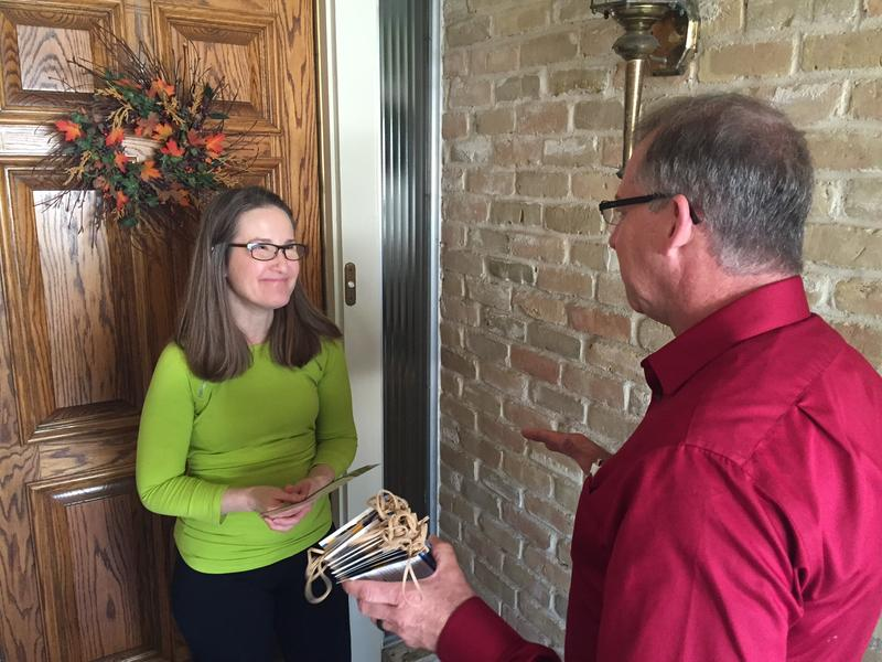 Travis County resident Sue Ellen Jackson gets a visit from Sheriff candidate John Sisson.