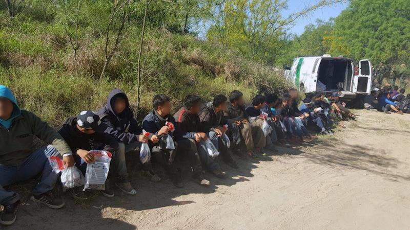 agents from border patrol in rio grande city apprehended 102 migrants crossing the texas mexico border in april
